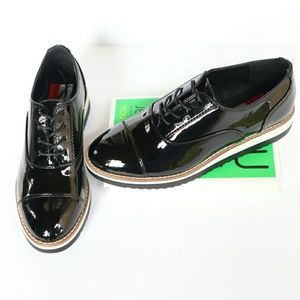 Shoes - Patent Leather Black Oxfords